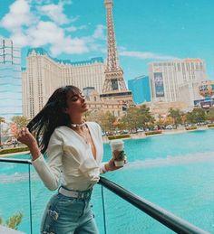Maria Jose, Nickelodeon Girls, Famous Girls, Dove Cameron, Louvre, Instagram, Building, Travel, Queen