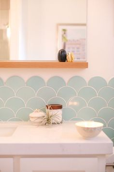 Light and airy kids' and guest bathroom with beautiful tile backsplash from Fireclay Tile. Room Reveal // Kids and Guest Bathroom. See how we updated the guest bath in our home with a fresh, modern, and fun new look. Kid Bathroom Decor, Guest Bathrooms, Bathroom Interior, Design Bathroom, Bathroom Accents, Bathroom For Kids, Modern Bathroom, Bathroom Canvas, Decorating Bathrooms
