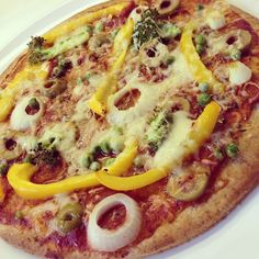 Healthy Comfort Food: (Spelt)pizza's Clean Recipes, Healthy Recipes, Healthy Comfort Food, Healthy Food, Spelt Flour, Pizza Recipes, How To Stay Healthy, Vegetable Pizza, Nom Nom
