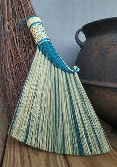 Sign in : Rooster Tail Whisk Broom - Handmade item Materials: broomcorn, dyed broomcorn, nylon twine, leather Broom Corn, Witch Broom, Willow Weaving, Basket Weaving, Weaving Art, Hand Weaving, Brooms And Brushes, Straw Decorations, Whisk Broom