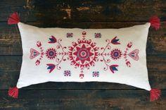 Scandinavian Embroidery, Scandinavian Pattern, Hungarian Embroidery, Scandinavian Folk Art, Wool Embroidery, Embroidery Patterns, Cross Stitch Patterns, Machine Embroidery, Textiles