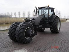 Dark Knight themed Tumbler tractor #Batman Also suitable for plowing Zombies