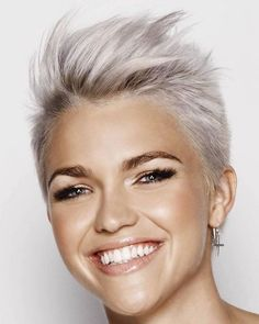 Very Short Hairstyles & Hair Colors For Short Pixie Hair