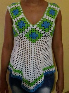 Fabulous Crochet a Little Black Crochet Dress Ideas. Georgeous Crochet a Little Black Crochet Dress Ideas. Blouse Au Crochet, Débardeurs Au Crochet, Crochet Tank Tops, Black Crochet Dress, Crochet Shirt, Crochet Jacket, Crochet Woman, Crochet Poncho, Crochet Summer Tops