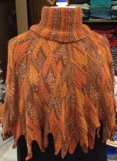 Patchwork stricken und mehr : Ein Umhang mit wechselbarem Kragen