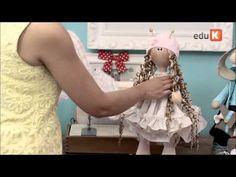 Curso online de Bonecas de pano e bichinhos articulados 2 | eduK.com.br - YouTube Pretty Dolls, Beautiful Dolls, Doll Videos, Doll Dress Patterns, Doll Tutorial, Doll Maker, Waldorf Dolls, Soft Dolls, Diy Doll