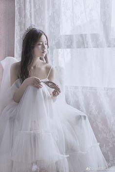 Set Fashion, Girl Fashion, Fantasy Dress, Prom Pictures, Mori Girl, Beautiful Asian Girls, Ulzzang Girl, Girl Photos, Korean Girl