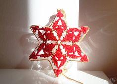 FIORE ROSSO  decorazione natalizia in macramè di MacraMondo