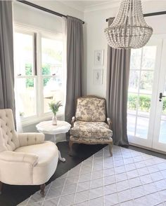 All Wool Rugs Shed. My Living Room, Interior Design Living Room, Home And Living, Living Room Designs, Hamptons Bedroom, Hamptons House, Kitchen Window Coverings, French Provincial Home, French Style Homes