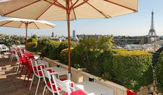 Located near the Arc de Triomphe and the Champs Elysées, Hotel Raphael is the perfect place to dine in Paris city centre, with a number of dining options. Tour Eiffel, Resto Terrasse Paris, Lyon, Hotel Raphael, Tour Saint Jacques, Terrace Restaurant, Rooftop Bar, Springtime In Paris, Hotels