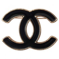 Black Metal Pin brooche CHANEL (340 CAD) ❤ liked on Polyvore featuring jewelry, brooches, brooch, chanel, metal jewelry, black metal jewelry, kohl jewelry and black brooch