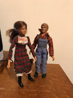 Walton Dolls Ellen and Johnboy 1970s Poseable Arms Legs Hands
