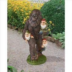 Design Toscano Exclusive Hand Painted Schlepping Garden Gnomes Bigfoot Statue