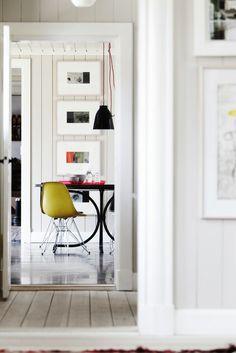 Keltainen talo rannalla: Ideoita sisustuksiin