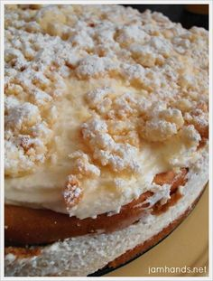 homemade dessert recipes, diabetic recipes for desserts, pear recipes desserts - Olive Garden Lemon Cream Cake Copycat. Uses white cake mix,but I'd just make a white cake instead Lemon Desserts, Lemon Recipes, Just Desserts, Sweet Recipes, Delicious Desserts, Copycat Recipes, Baking Desserts, Cake Mix Desserts, White Desserts