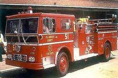 EMERGENCY TV SHOW CAST *2X3 FRIDGE MAGNET* SQUAD 51 TRUCK JOHNNY GAGE ROY DESOTO