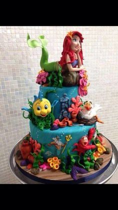 I want this cake for my birthday!! Xx