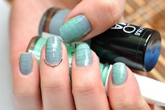 Post with 0 votes and 23 views. Blurred lines Latest Nail Designs, Lines On Nails, Blurred Lines, Nail Polish, Saga, Beauty, Strip Nails, Manicure, Polish
