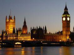 Londra è la capitale e maggiore città dell'Inghilterra e del Regno Unito,
