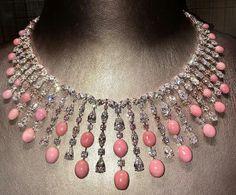 Crush of the day. Conch pearls and diamonds by the British jeweler David Morris. @davidmorrisjeweller #conchpearl #pinkpearl #davidmorris