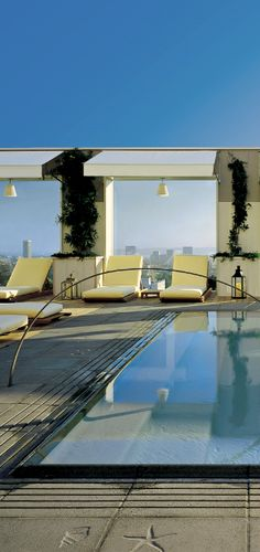 Daily Moment of Zen: Mondrian Los Angeles in West Hollywood, Nice rooms but the lobby and this roof terrace are the best bit of the hotel I thought. Wonderful Places, Beautiful Places, Outdoor Spaces, Outdoor Living, West Hollywood, Hollywood California, Porches, Le Havre, Cool Pools