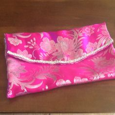 Pencil case for a dear friend! It had to be pink and it had to be blingy!