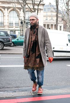 Angelo Flaccavento at Paris Fashion Week - Lelook