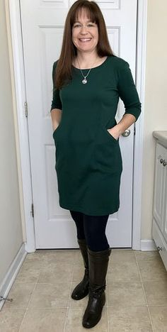 I love this dress pattern, The Heather Dress from Sew Over It ! Of course, that means that I have to make 100 of them. I apolo… Fancy Kurti, Sew Over It, Dress Sewing Patterns, Sewing Ideas, Maxi Dress With Sleeves, Dress And Heels, Pretty Outfits, Pretty Clothes, Clothes For Women
