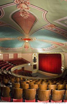 The Music Hall Loft in Portsmouth. I saw my Philharmonic Orchestra here May of I sat directly across from where this picture was taken, in the balcony. After hearing classical music live, I love it even more. East Coast Travel, Take Five, Travel Tours, Portsmouth, Summer Travel, New Hampshire, Classical Music, New England, Restoration