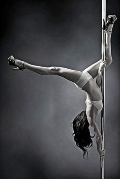 pole dancing photography