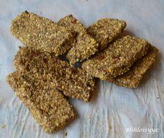 the BEST Granola Bars Ever!! #vegan #paleo #raw #glutenfree