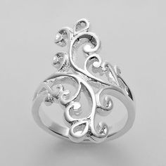 pretty swirly ring (I love this and I WANT IT!! ~ gc)
