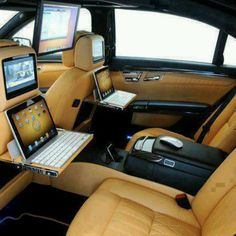 Car accessories - the mobile office