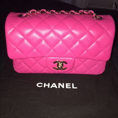 6b3b7fc9b1be 100%AUTHENTIC Chanel Lambskin Fuchsia mini flap 100%AUTHENTIC Chanel  Lambskin Fuchsia 🎀rectangular