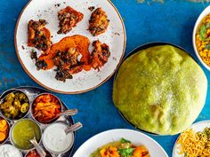 Chef Niven Patel's Kale-and-Corn Pakoras are filled with fresh corn, peppers, and garam masala for a quick and fresh dish. Get the recipe from Food & Wine. Wine Recipes, Indian Food Recipes, Healthy Recipes, Ethnic Recipes, Chef Recipes, Healthy Food, Asian Vegetables, Veggies, Garbanzo Bean Flour
