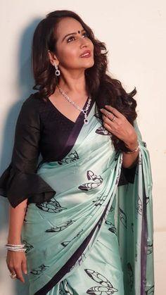 Beautiful Women Over 40, Beautiful Girl Indian, Most Beautiful Indian Actress, Beautiful Saree, Glam Photoshoot, Saree Photoshoot, Beauty Full Girl, Beauty Women, Indian Girl Bikini