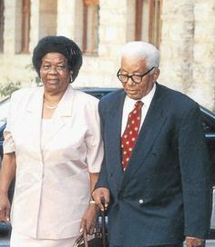 Prominent leaders in South Africa and the African National Congress_ Albertina and Walter Sisulu African National Congress, African History, Black History, South Africa, Globe, Politics, Icons, Celebs, Memories