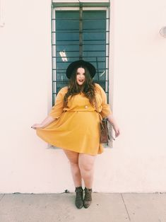 Uploaded by Misty Blue. Find images and videos about plus size on We Heart It - the app to get lost in what you love. Plus Size Fall Outfit, Plus Size Fall Fashion, Plus Size Outfits, Autumn Fashion, Frock Fashion, Curvy Fashion, Plus Fashion, We Heart It, Plus Clothing