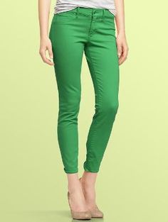 I saw a BUNCH of different colored pants in Corvallis this weekend and it made me think back to JR. High!! Heheheee They're BACK!