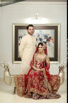 Pakistani bridal lehenga by Bunto Kazmi Desi Bride, Desi Wedding, Wedding Attire, Wedding Ring, Wedding Stuff, Indian Bridal Wear, Pakistani Wedding Dresses, Indian Dresses, Pakistan Bride