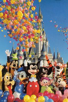 Mickey and friends @ Disney World, Orlando Lego Disney, Cute Disney, Disney Girls, Disney Art, Disney Movies, Walt Disney World, Disney Pixar, Disney Characters, Disney Springs