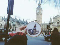 こちらはおなじみ、イギリスロンドンのランドマーク、「ビッグベン」とその周辺の風景を刺繍で仕上げました。