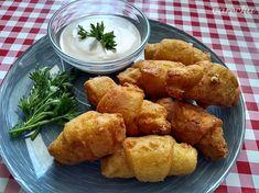 Bezlepkové zemiakové rožky so strúhaným syrom - recept | Varecha.sk Ethnic Recipes, Food, Basket, Essen, Meals, Yemek, Eten