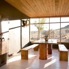 Poppytalk - The beautiful, the decayed and the handmade: Hotel Style: Bunkhouse's Ranch House Liz Lambert, Barrel Table, Turbulence Deco, Porche, Austin Homes, Tap Room, Le Far West, Sustainable Architecture, Ranch Style