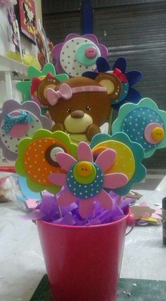 foamy Handmade Crafts, Diy And Crafts, Crafts For Kids, Arts And Crafts, Diy Y Manualidades, Balloon Flowers, Origami Animals, Candy Bouquet, Baby Shower Cupcakes