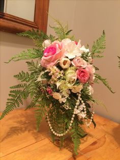 Bouquets, Floral Wreath, Wreaths, Table Decorations, Furniture, Beautiful, Design, Home Decor, Homemade Home Decor