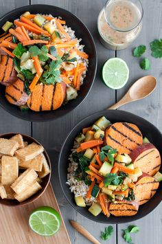 Your dream, a healthy one-bowl dish with coconut oil grilled sweet potatoes and creamy peanut sauce. {vegan}