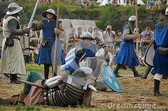 medieval-battle-th-century-days-culture-festival-vyborg-thunder-siege-legendary-events-thirteen-years-war-vyborg-russia-42760879.jpg (400×266)