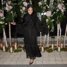 When you turn @zaycollection's abaya into a dress... or atleast try Dubai Fashion, Abaya Fashion, Modest Fashion, Women's Fashion, Hijab Fashionista, Abaya Designs, Mode Hijab, Hijab Outfit, Muslim Women