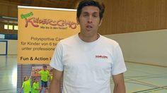 Beni Huggel lädt dich ein in seine Fussball-Camps in der Region Basel.